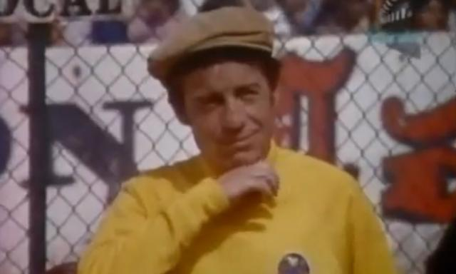 video-chespirito-estrella-de-futbol-en-el-chanfle